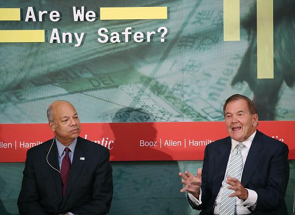 Tom Ridge「Homeland Security Secretary Jeh Johnson Leads Discussion On U.S. Security Since 9/11」:写真・画像(13)[壁紙.com]