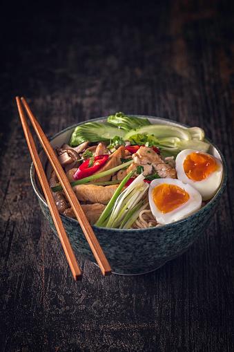 ヒューマンインタレスト「味噌ラーメン スープ」:スマホ壁紙(16)