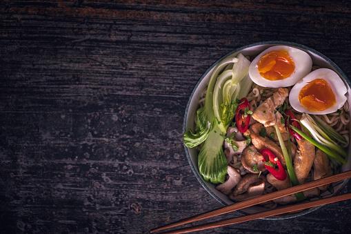 ヒューマンインタレスト「味噌ラーメン スープ」:スマホ壁紙(11)