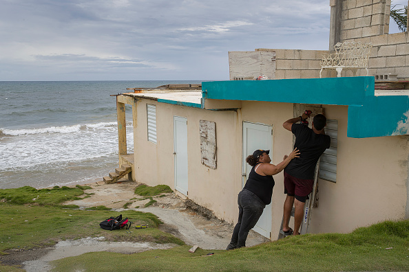 Plywood「Tropical Storm Dorian Passes Over Puerto Rico」:写真・画像(16)[壁紙.com]