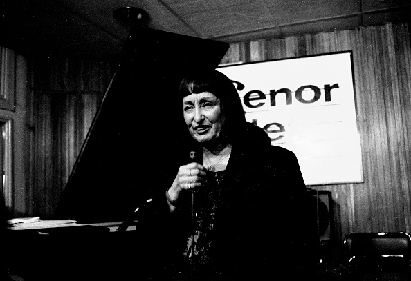 女性歌手「Sheila Jordan Tenor Clef Hoxton Square London May 1992」:写真・画像(19)[壁紙.com]