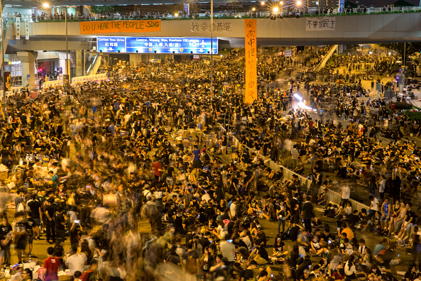 Occupy Central「Pro Democracy Supporters Attempt To Bring Hong Kong To A Stand Still With Mass Rally」:写真・画像(18)[壁紙.com]