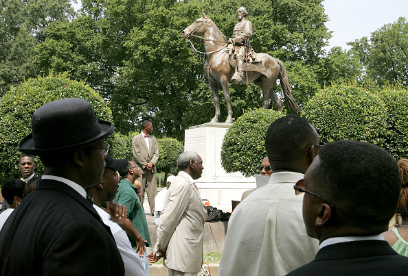 Statue「Civil Rights Activists Rally To Rename Confederate-Era Park」:写真・画像(3)[壁紙.com]