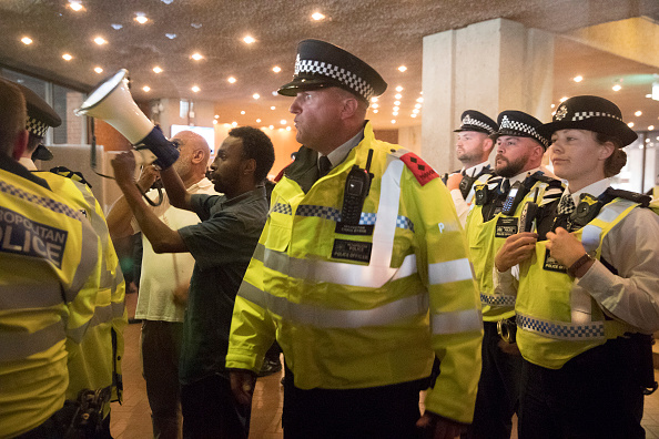 Dozen「Mounting Despair And Anger As Residents Of Grenfell Tower Seek Answers」:写真・画像(16)[壁紙.com]
