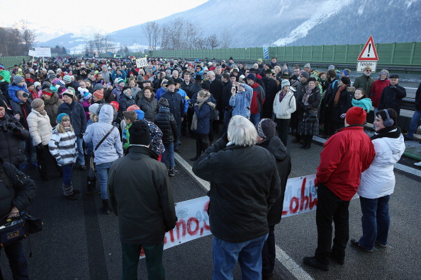 Cultures「Local Residents Protest Austrian Highway Toll」:写真・画像(5)[壁紙.com]