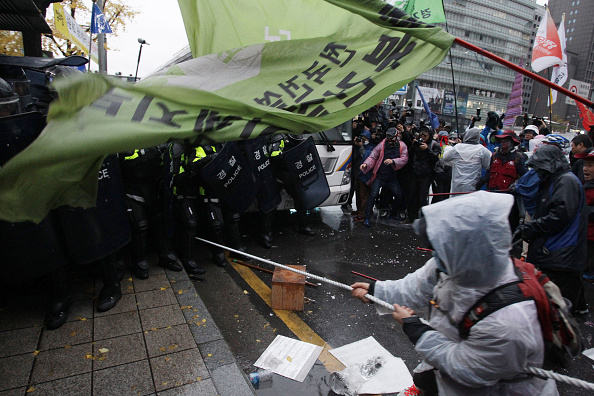Seoul「South Koreans Protest Against Government」:写真・画像(8)[壁紙.com]