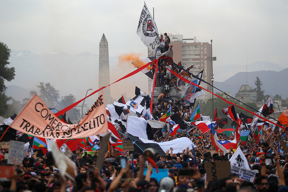 Protest「National Strike And Protests Against President Piñera」:写真・画像(5)[壁紙.com]