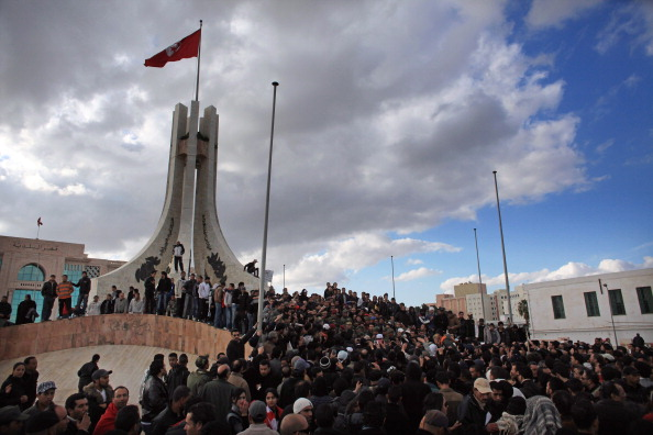 Tunisia「Demonstrations Continue In Tunisia As Calls Come For Dissolution Of Ruling Party」:写真・画像(5)[壁紙.com]