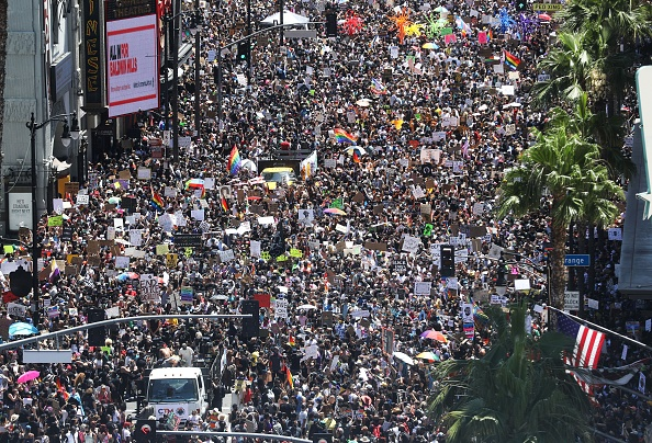 Hollywood - California「Protests Continue Across The Country In Reaction To Death Of George Floyd」:写真・画像(2)[壁紙.com]
