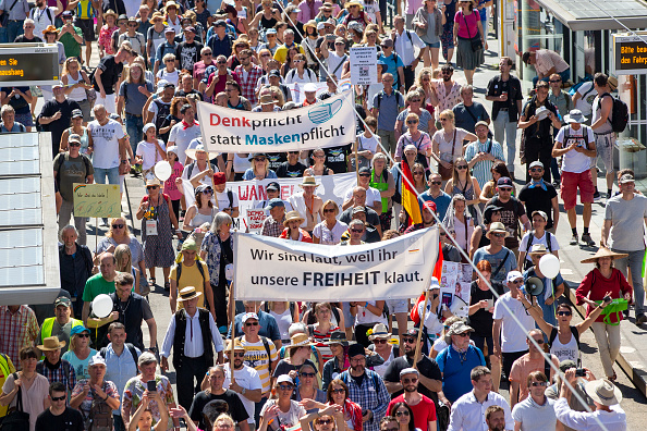 "Berlin「""Day Of Freedom"" Protest March In Berlin」:写真・画像(3)[壁紙.com]"