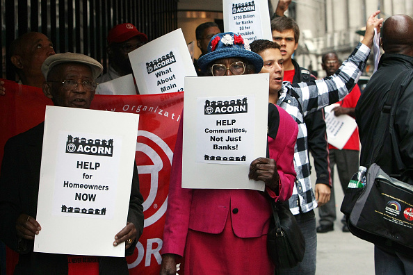 Crisis「Activists Protest Fed Bail Out Of Wall Street」:写真・画像(18)[壁紙.com]