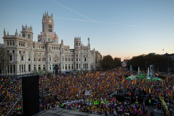 Madrid「Demonstration In Support Of Catalonian Independence」:写真・画像(4)[壁紙.com]
