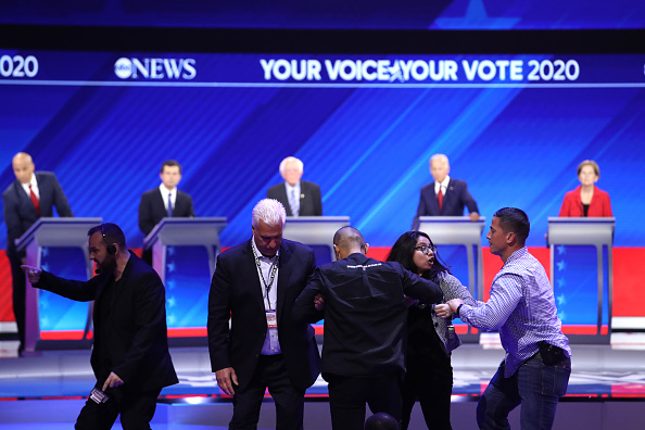 Texas Southern University「Democratic Presidential Candidates Participate In Third Debate In Houston」:写真・画像(5)[壁紙.com]