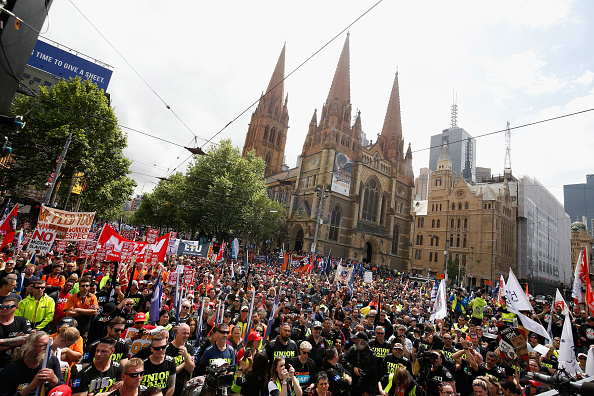 Darrian Traynor「Thousands March Through Melbourne CBD Calling For Better Wages」:写真・画像(6)[壁紙.com]
