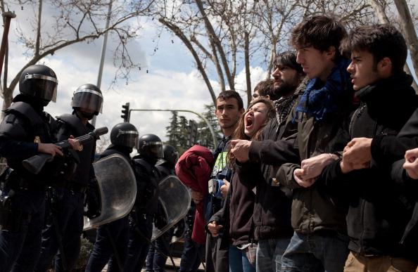 Roped Off「University Students Strike In Madrid」:写真・画像(12)[壁紙.com]
