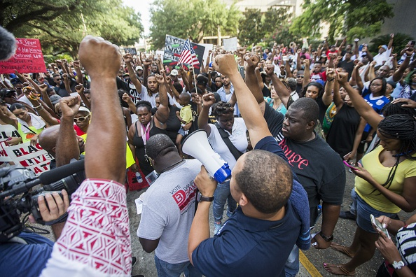 Mark Wallheiser「Protests Continue In Baton Rouge After Police Shooting Death Of Alton Sterling」:写真・画像(4)[壁紙.com]
