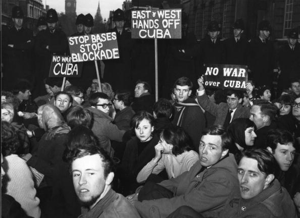 Crisis「FILE PHOTO  40th Anniversary Of Cuban Missile Crisis」:写真・画像(19)[壁紙.com]