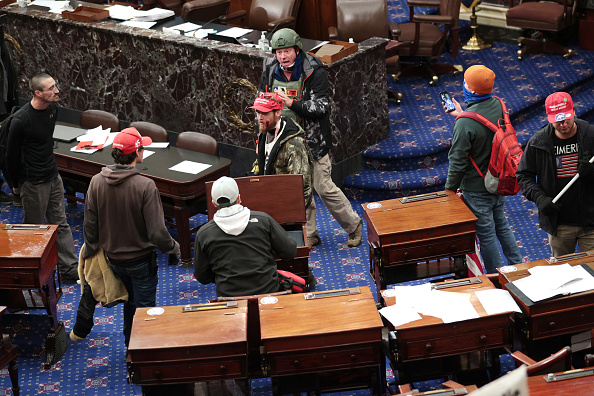 Entering「Congress Holds Joint Session To Ratify 2020 Presidential Election」:写真・画像(2)[壁紙.com]