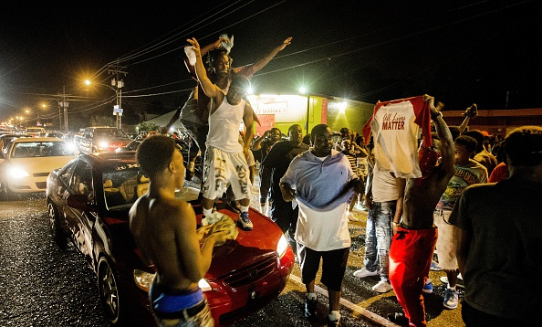 Mark Wallheiser「Department Of Justice Launches Civil Rights Investigation In Shooting Of A Black Man By Baton Rouge Police Officer」:写真・画像(8)[壁紙.com]