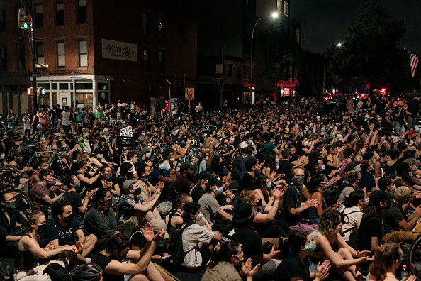 Brooklyn - New York「Protests Continue Across The Country In Reaction To Death Of George Floyd」:写真・画像(10)[壁紙.com]