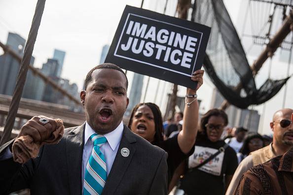 Responsibility「Activists Call For Prosecution Of Cop Implicated In Death Of Eric Garner」:写真・画像(4)[壁紙.com]