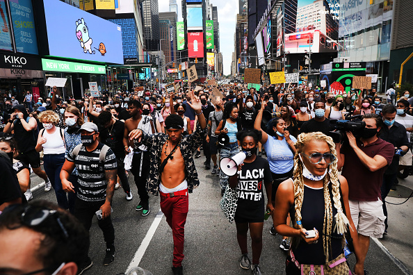 Protest「Protestors In New York Rally For Black Lives After Kenosha Shooting」:写真・画像(18)[壁紙.com]