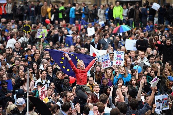 Protest「Protestors Attend Anti-Brexit Rallys Across The UK」:写真・画像(18)[壁紙.com]