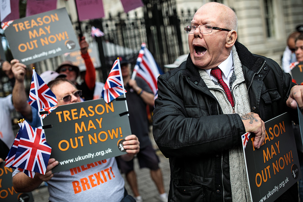 Brexit「UK Unity Protests Theresa May's Soft Brexit」:写真・画像(0)[壁紙.com]