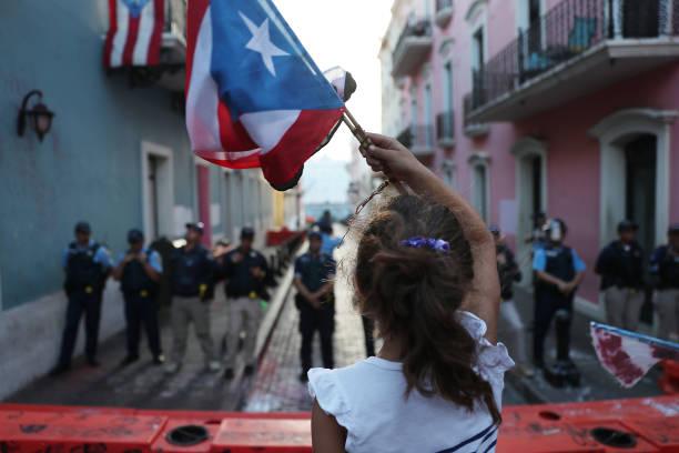 Protesters Demand Resignation Of Puerto Rico's Governor Ricardo Rossello:ニュース(壁紙.com)
