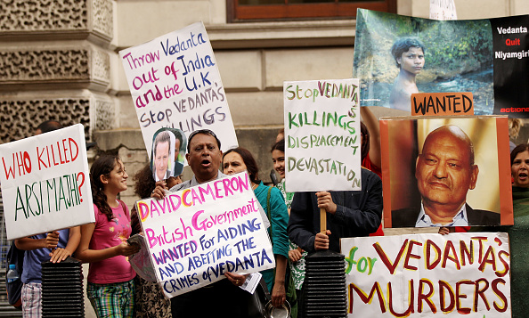 Bauxite「Protesters Campaign Against Vedanta's Plans to Mine in the Nyamgiri Hills」:写真・画像(7)[壁紙.com]