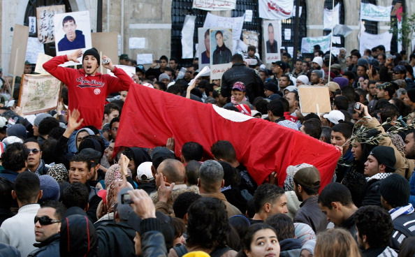 Tunisia「Demonstrations Continue In Tunisia As Calls Come For Dissolution Of Ruling Party」:写真・画像(8)[壁紙.com]