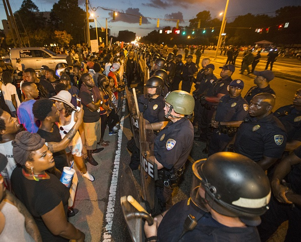 Mark Wallheiser「Department Of Justice Launches Civil Rights Investigation In Shooting Of A Black Man By Baton Rouge Police Officer」:写真・画像(10)[壁紙.com]