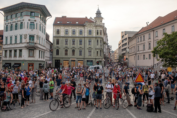 Slovenia「Slovenia's Pedal Power And Ongoing Anti-Government Pandemic Protests」:写真・画像(3)[壁紙.com]