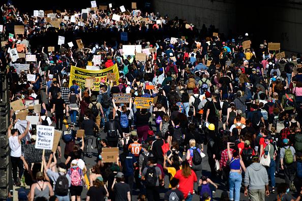 Center City - Philadelphia「Protests Continue In Philadelphia In Response To Death Of George Floyd In Minneapolis」:写真・画像(16)[壁紙.com]
