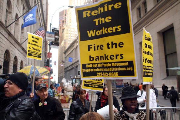 Finance「Wall Street Rally Protests Federal Aid To Financial Institutions」:写真・画像(15)[壁紙.com]