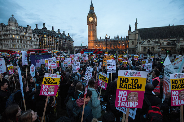 Visit「Stop Trump Protesters Demonstrate As MPs Debate State Visit Petition」:写真・画像(16)[壁紙.com]
