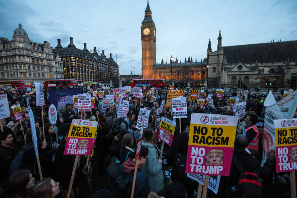 Stop Trump Protesters Demonstrate As MPs Debate State Visit Petition:ニュース(壁紙.com)