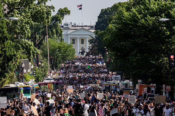 Washington DC「Black Lives Matter Protests Held In Cities Nationwide」:写真・画像(18)[壁紙.com]