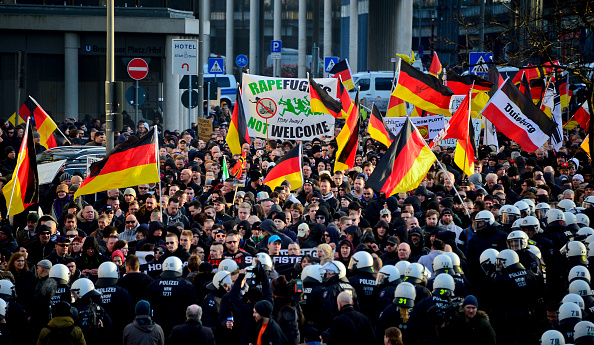 Germany「Right-Wing Groups Rally Following Cologne Sex Attacks」:写真・画像(16)[壁紙.com]