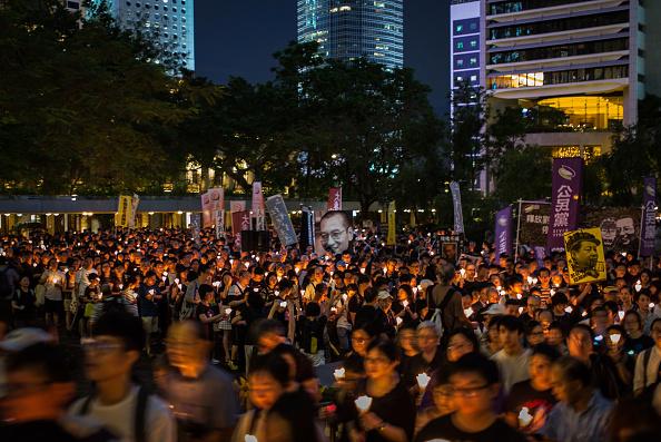 参加者「Chinese Dissident Liu Xiaobo Dies At 61」:写真・画像(17)[壁紙.com]