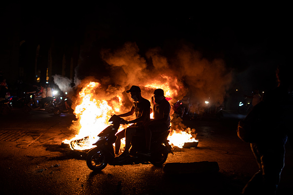 Lebanon - Country「Protests Escalate Across Lebanon As Currency Collapses」:写真・画像(8)[壁紙.com]