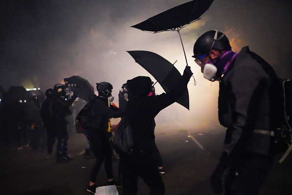 Oregon - US State「Feds Attempt To Intervene After Weeks Of Violent Protests In Portland」:写真・画像(7)[壁紙.com]