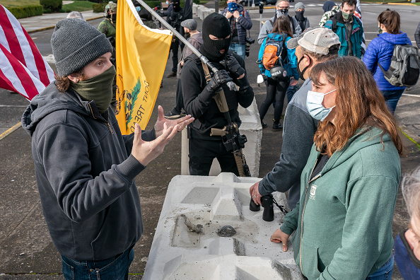 Oregon - US State「Pro-Trump Protesters Gather At State Capitols Across The Nation Ahead Of Presidential Inauguration」:写真・画像(14)[壁紙.com]