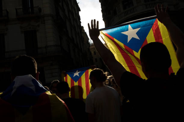 Catalonia「Aftermath Of The Catalonian Independence Referendum」:写真・画像(9)[壁紙.com]