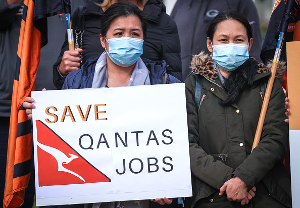 Human Head「Qantas Workers Rally Over Further Job Cuts At Airline In Wake Of Coronavirus Pandemic」:写真・画像(0)[壁紙.com]