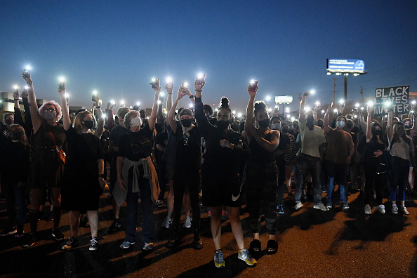 Bestof「Protests Erupt Across U.S. After Charges In Death Of Breonna Taylor Are Announced」:写真・画像(3)[壁紙.com]