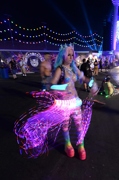 EDC「21st Annual Electric Daisy Carnival - Day 3」:写真・画像(19)[壁紙.com]