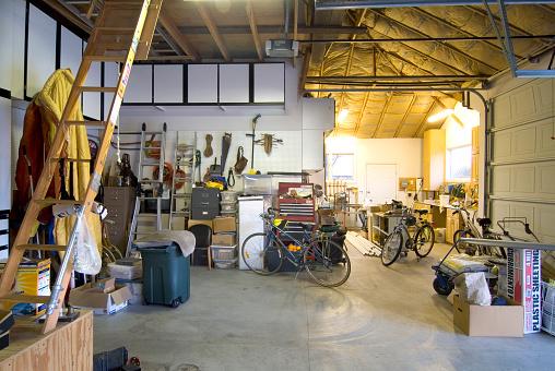 Storage Compartment「Garage Interior」:スマホ壁紙(1)