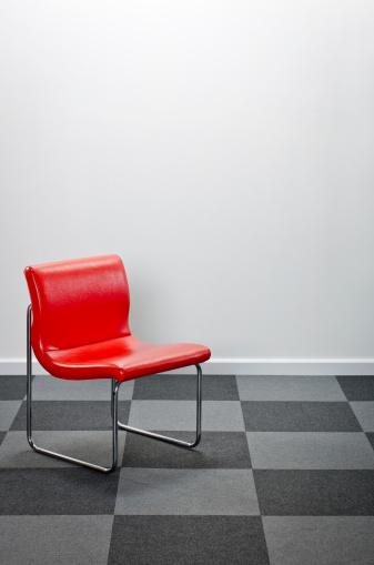 Funky「Modern Red Chair」:スマホ壁紙(7)