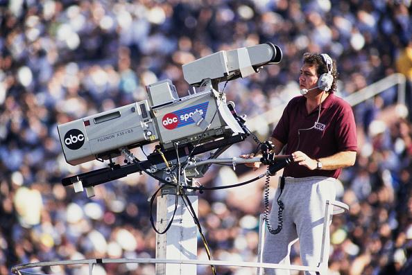 ABC - Broadcasting Company「Kansas City Chiefs vs Los Angeles Raiders」:写真・画像(3)[壁紙.com]